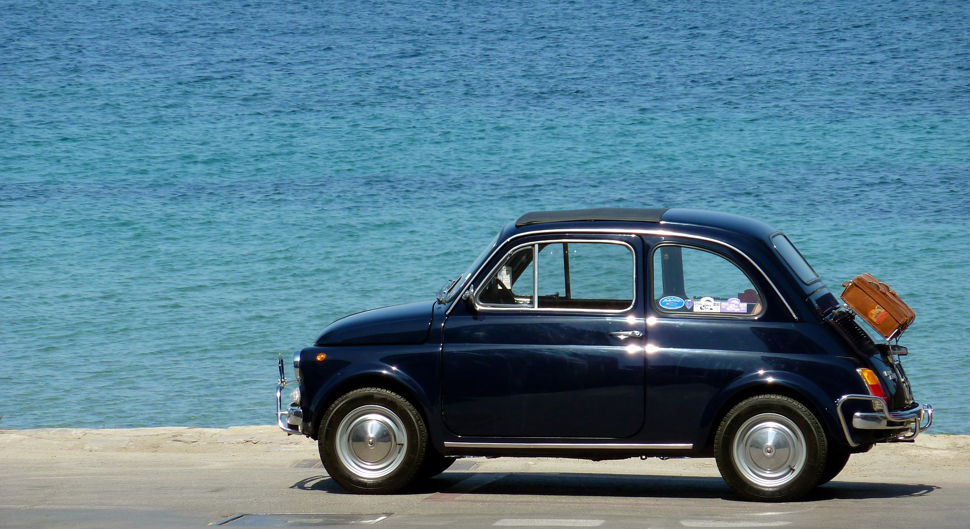 fiat car by sea